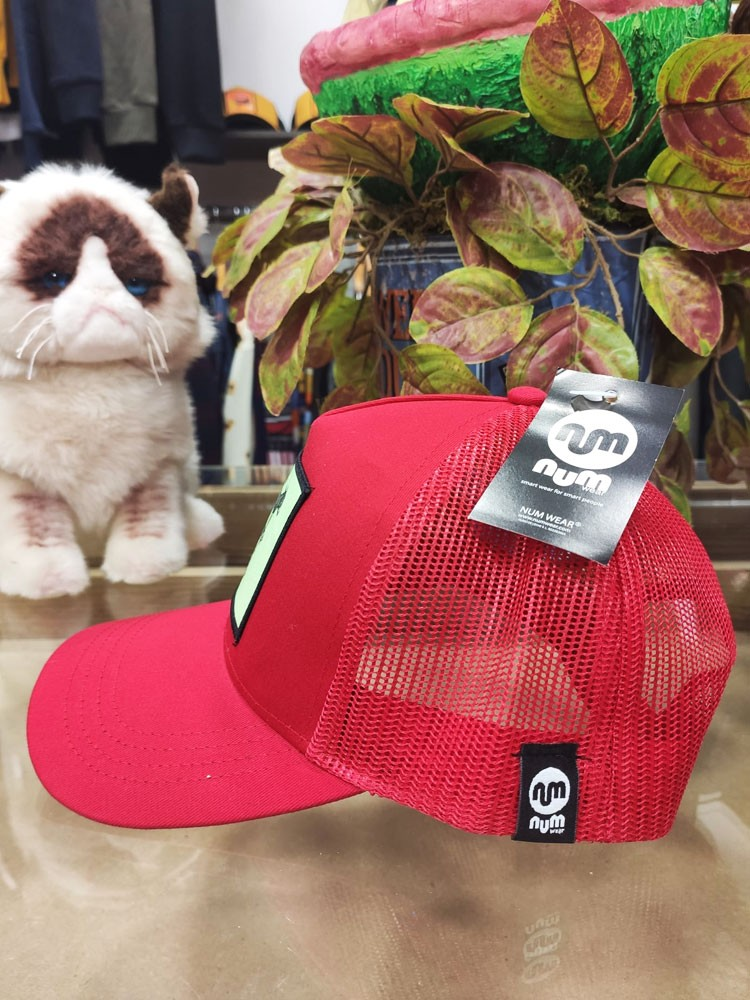 Gorra parche NEMERB red NUM wear